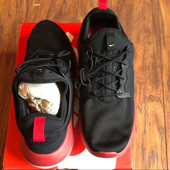 big sale c3ff9 947ac Nike Roshe Two Black Mens Sneakers New! NWT